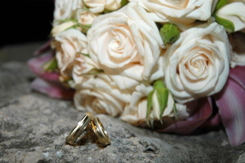 К чему снится свадьба уже женатых друзей